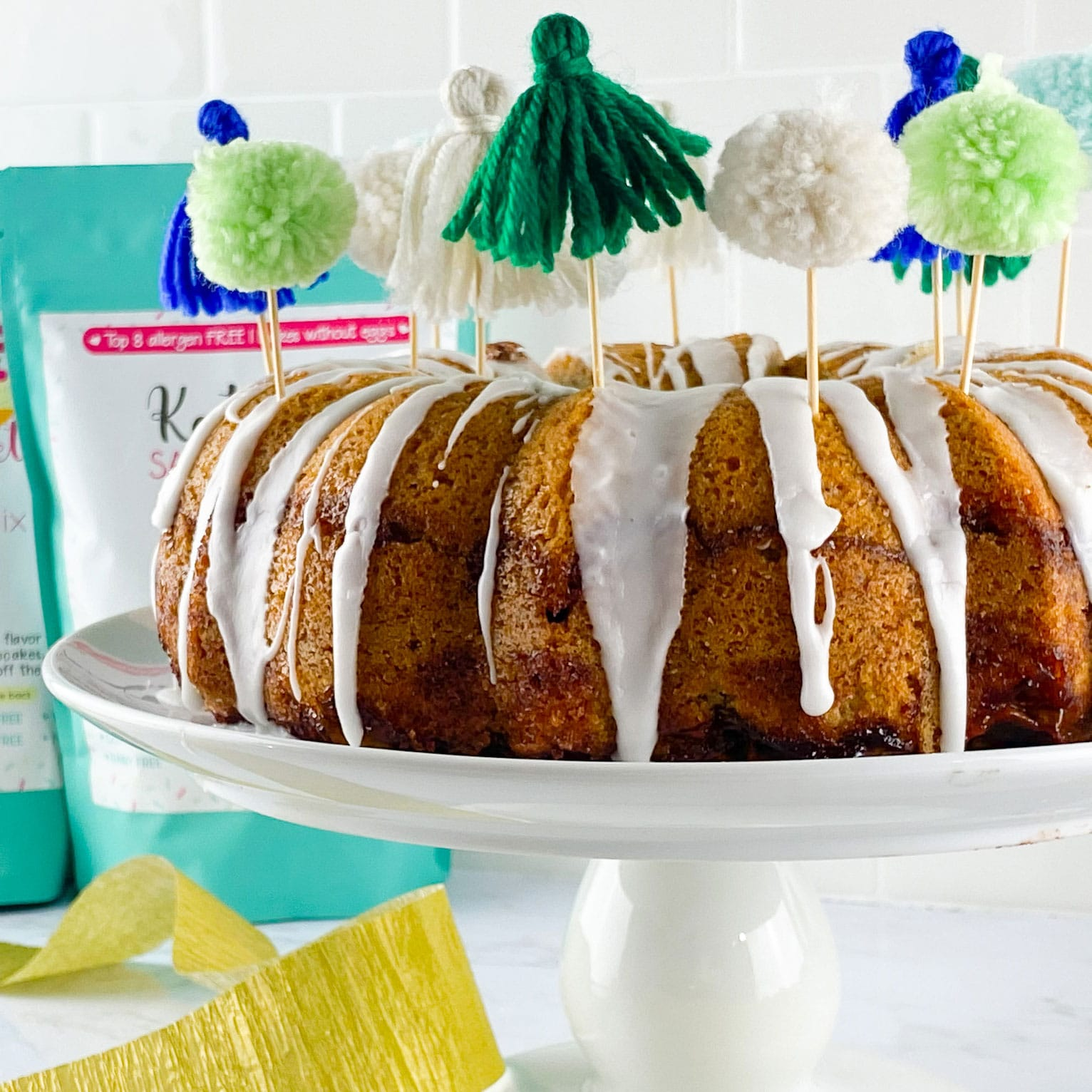 Kate's-Safe-and-Sweet---Jewish-Apple-Cake---Cake-with-mixes-behind