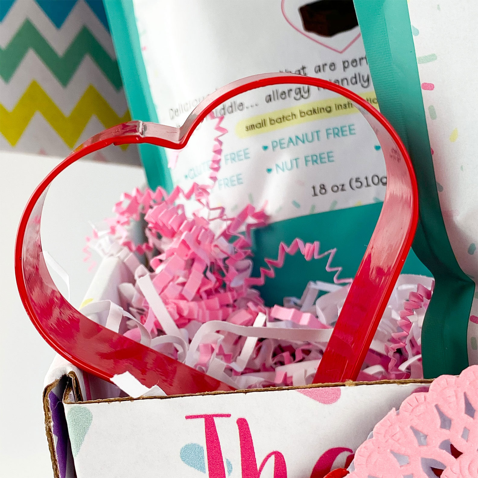Kate's-Safe-and-Sweet---Valentine's-Day-Brownie-Baking-Box-Cookie-Cutter