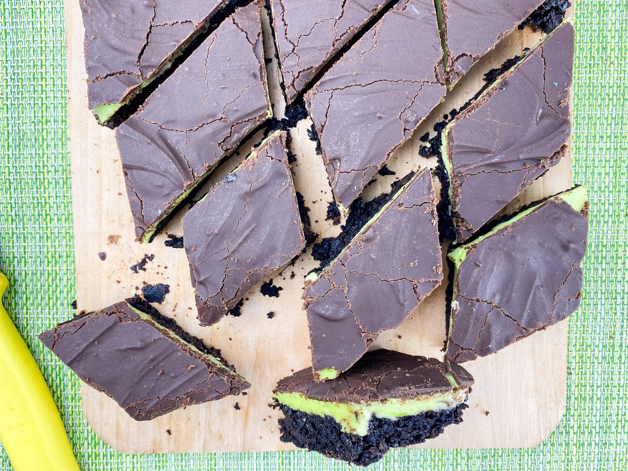 Kate's Safe & Sweet - Grasshopper Bars Cut and Close