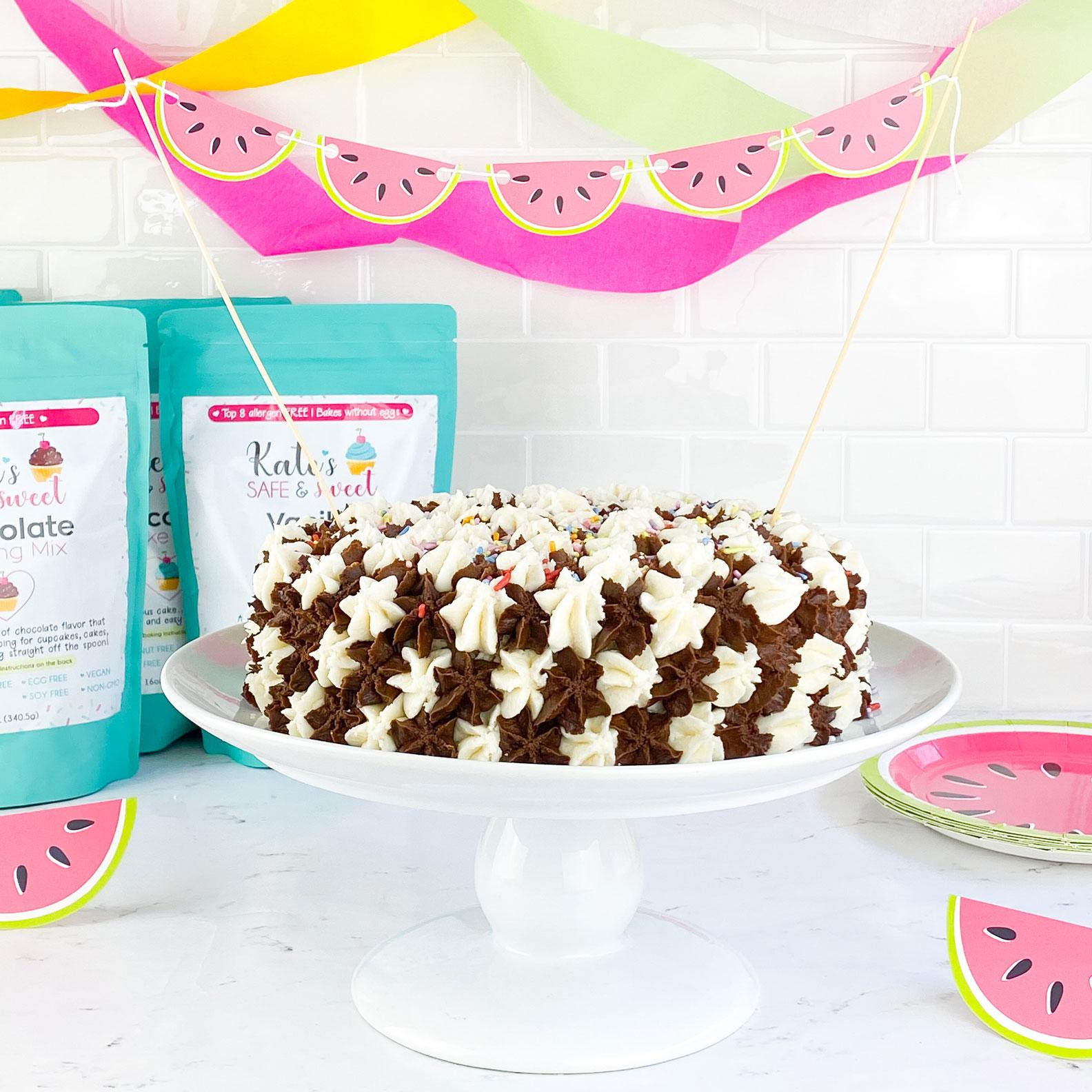 Kate's-Safe-&-Sweet---Summer-Baking-Box-Cake